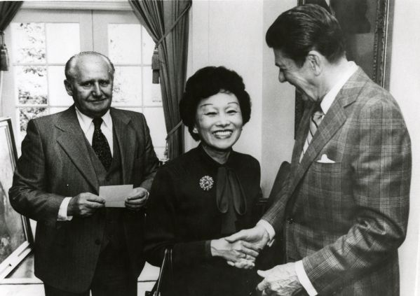 Anna Chennault and President Ronald Reagan