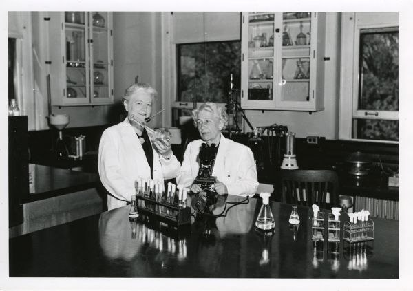 Portrait of Rachel Fuller Brown and Elizabeth Lee Hazen in their laboratory.