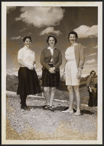 Portrait of Betty Drayton, Georgia Pierpont and Anne Murray Morgan at AJLA meeting
