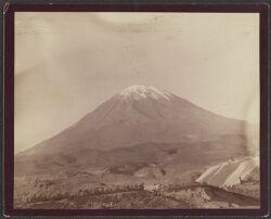 [Volcano, El Misti. Elevation 19,200 feet]