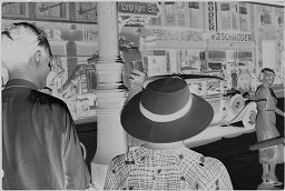 [Julia  Feininger And Unidentified Man In Berlin]