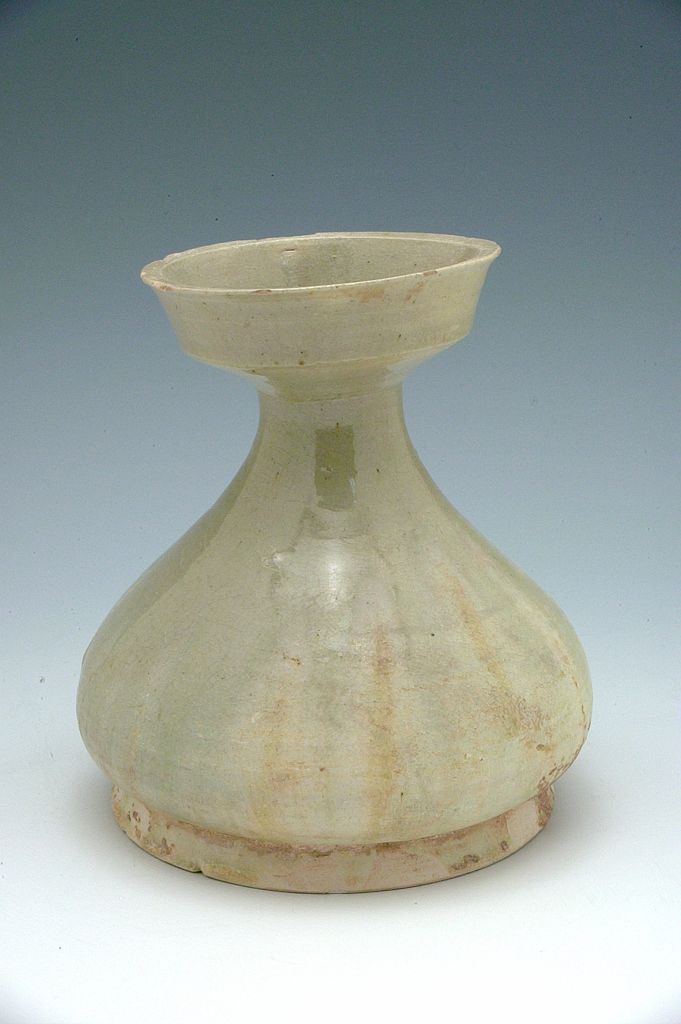 Dished-Mouth Vessel