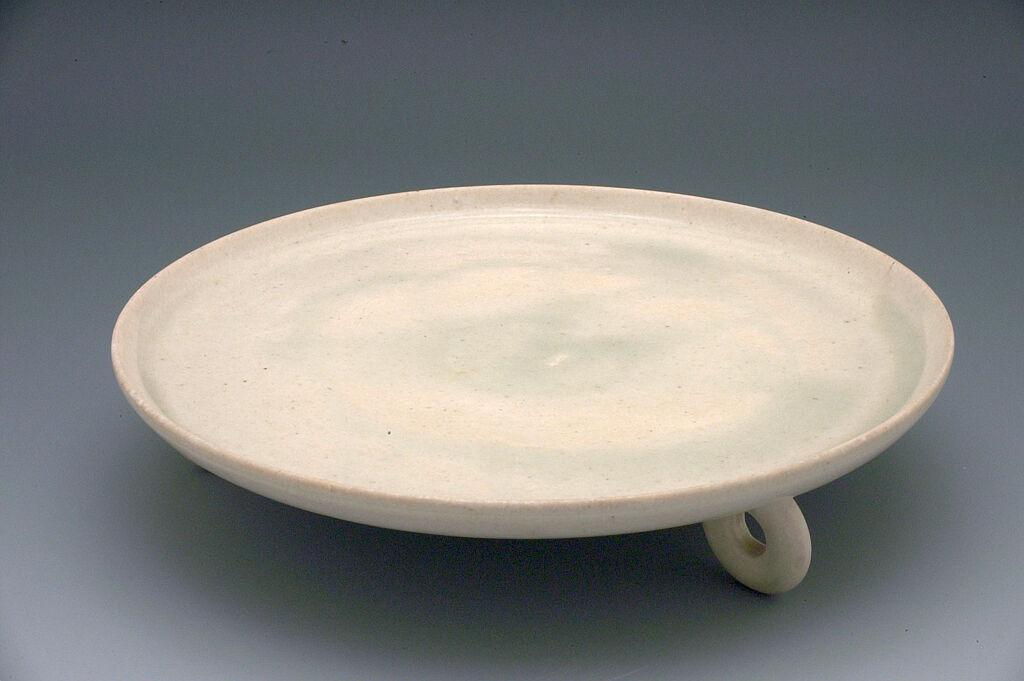 Circular Tray With Three Ring-Form Feet