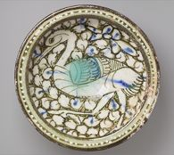 Flat-Rimmed Bowl with Bird in Foliage
