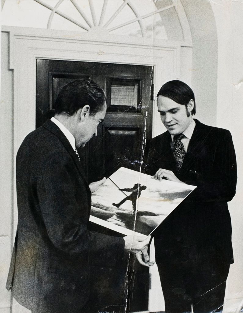 Untitled (Gordon Gahan Presenting Photograph From National Geographic Story To President Richard Nixon)
