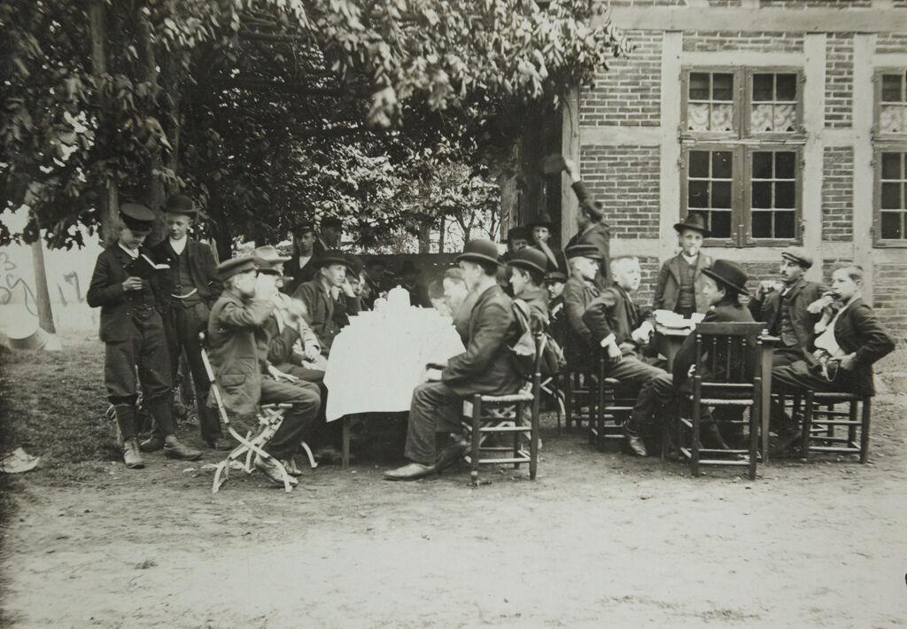 Social Settlements: Germany. Hamburg. Volksheim: Volksheim, Hamburg; Germany.: Morning Coffee