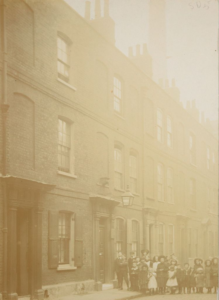 Social Settlements: Great Britain, England. London. Bermondsey Settlement: Bermondsey Settlement, London, Eng.: Beatrice House