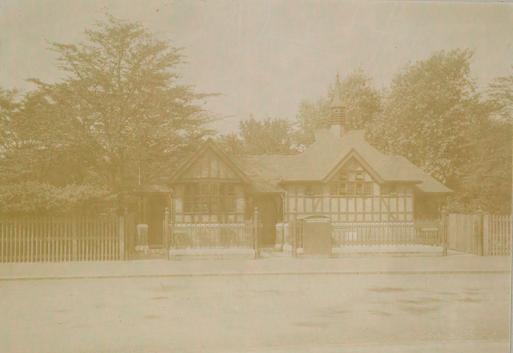 Health, General: Great Britain, England. London. Public Comfort Station: Social Conditions In London, England, 1903: Battersea- Park Ambulance Station And Public Comfort Stations For Men And Women.