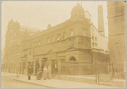 Health, Baths: Great Britain, England. London: Lambeth Baths: Social Conditions in London, England, 1903: Lambeth Baths..   Social Museum Collection