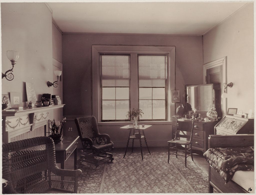 Defectives, Insane: United States. Massachusetts. Waverly. Mclean Hospital: Mclean Hospital. Womens Belknap: Patient's Bedroom