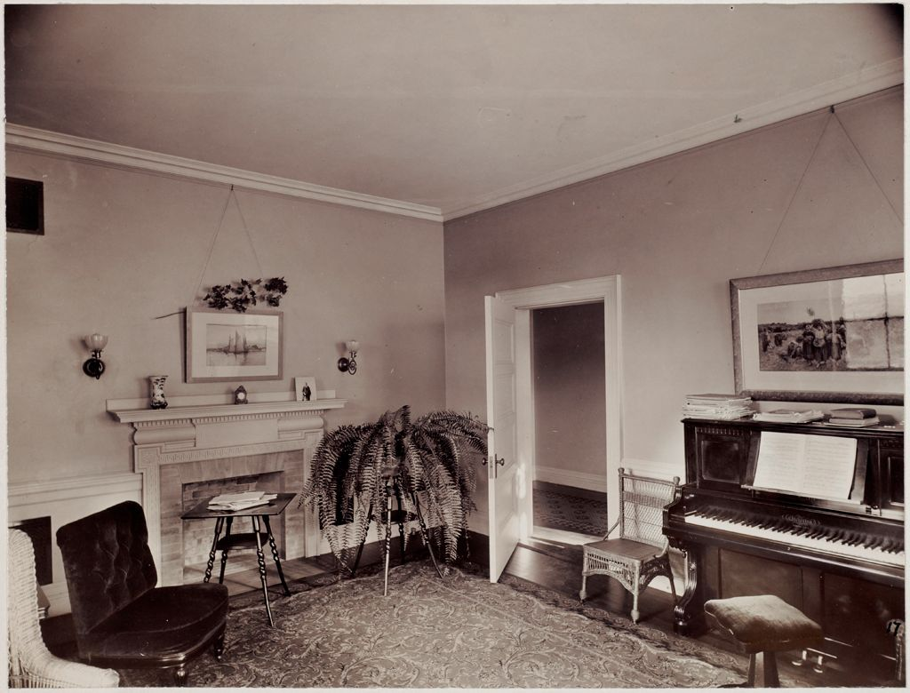 Defectives, Insane: United States. Massachusetts. Waverly. Mclean Hospital: Mclean Hospital. Womens Belknap: Reception And Music Room