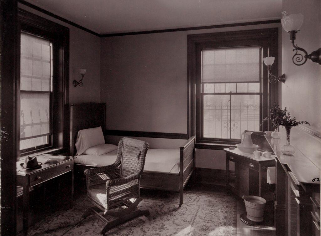 Defectives, Insane: United States. Massachusetts. Waverly. Mclean Hospital: Mclean Hospital. Mens Belknap: Patients Bed Room