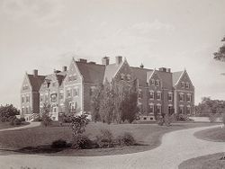 Defectives, Insane: United States. Massachusetts. Waverly. McLean Hospital: McLean Hospital. Proctor House: Front view.   Social Museum Collection