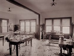 Defectives, Insane: United States. Massachusetts. Waverly. McLean Hospital: McLean Hospital. Men's Gymnasium: Patients work room.   Social Museum Collection