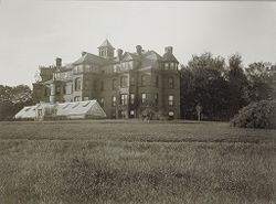 Defectives, Insane: United States. New Hampshire. Concord. State Hospital: New Hampshire State Charitable and Correctional Institutions.: New Hampshire State Hospital, Concord.: Bancroft Building..   Social Museum Collection