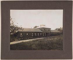 Defectives, Epileptics: United States. Massachusetts. Palmer. State Hospital for Epileptics: Employees' Cottage 1906..   Social Museum Collection
