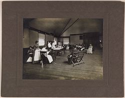 Defectives, Epileptics: United States. Massachusetts. Palmer. State Hospital for Epileptics: K.B. sewing room. 1907..   Social Museum Collection