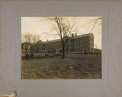 Defectives, Epileptics: United States. Massachusetts. Palmer. State Hospital for Epileptics: 1908. Women's South Building..   Social Museum Collection