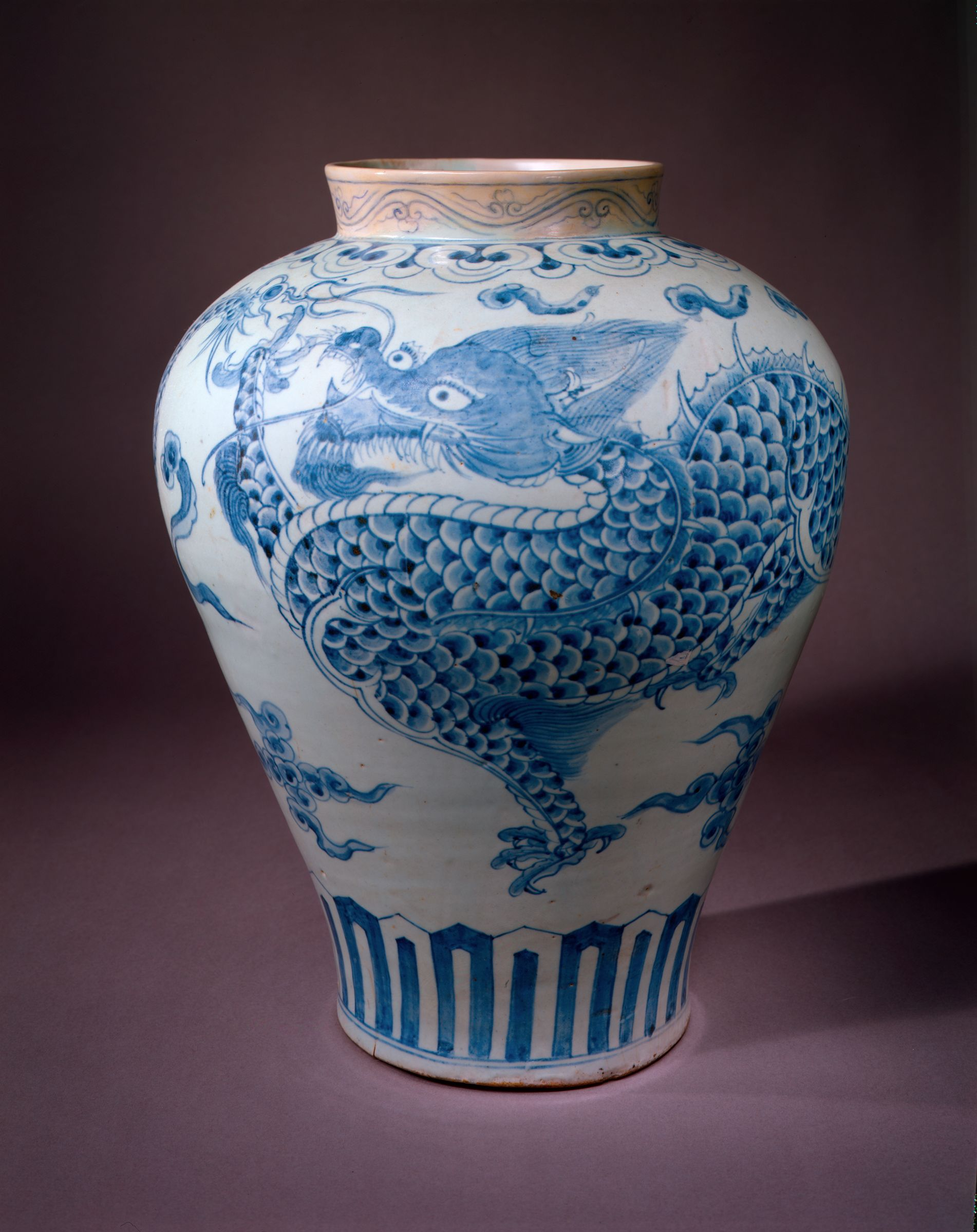 Large, Broad-Shouldered Jar With Decoration Of Two Striding Dragons, Each Pursuing A Flaming Jewel