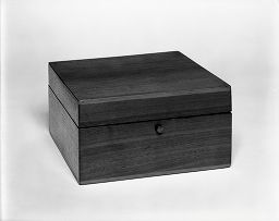 Box For Chess Pieces