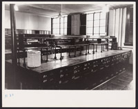 [Classroom with lab benches in former Harvard Medical School building at 688 Boylston Street], Digital Object
