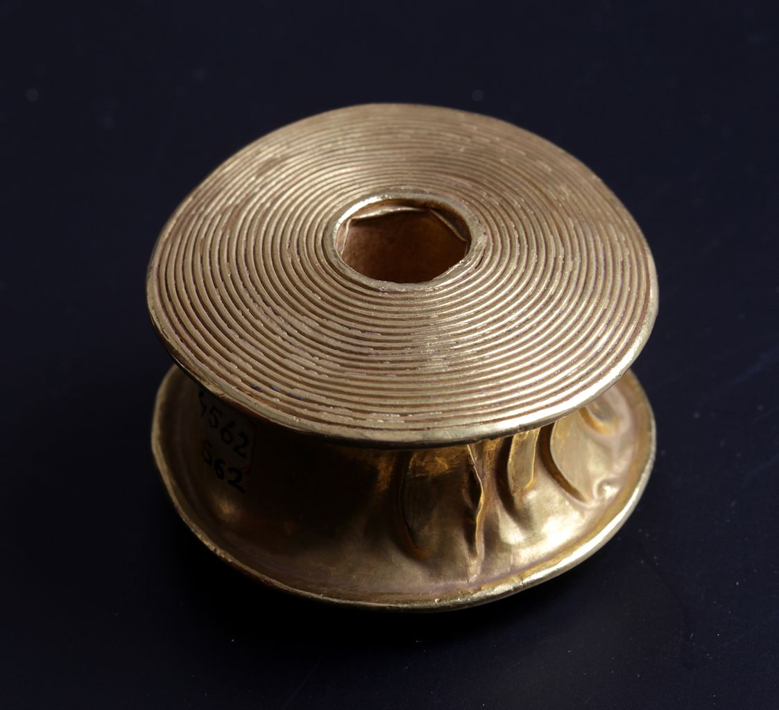 Gold rattle