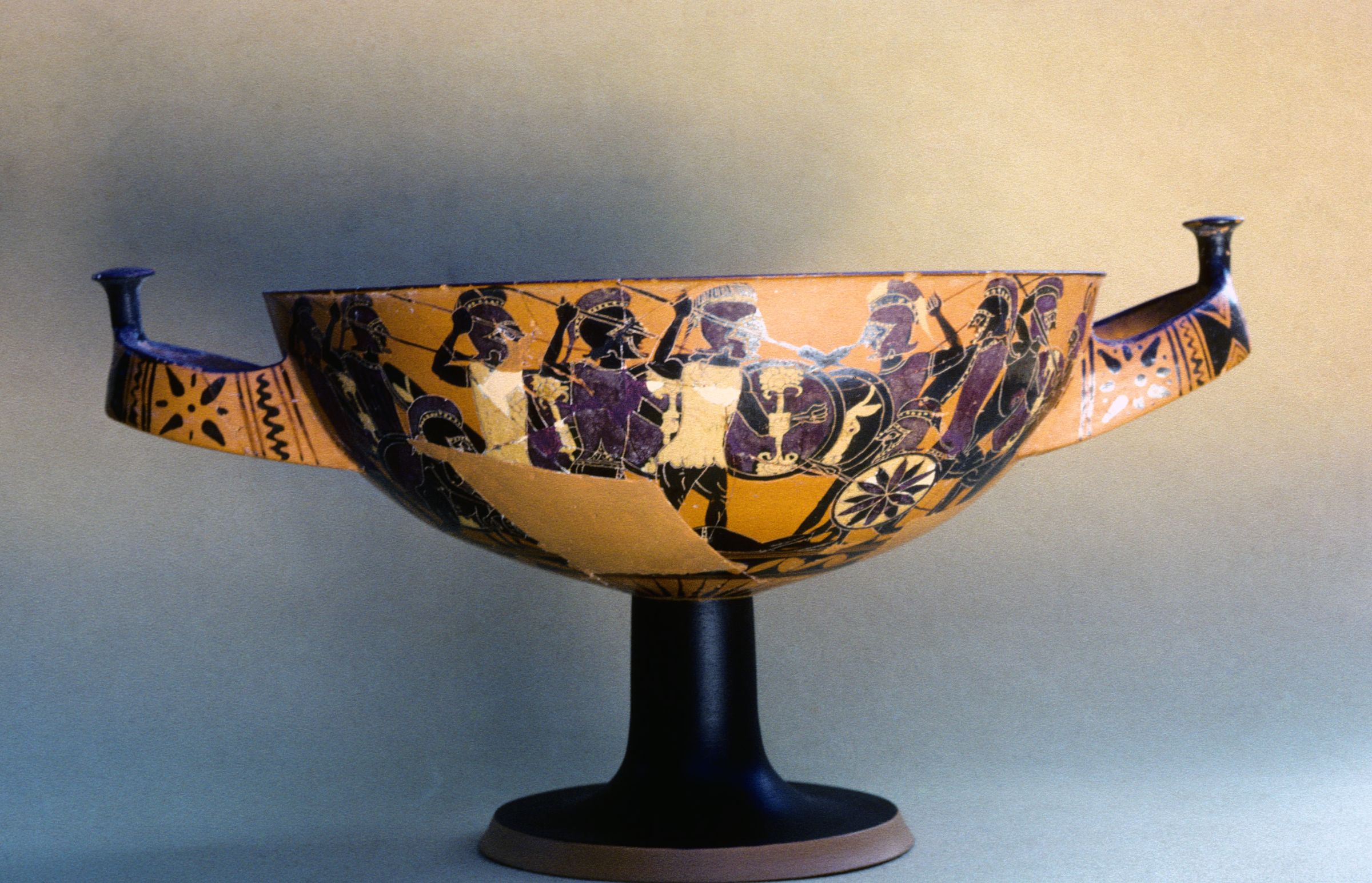 Attic black-figure Merrythought cup