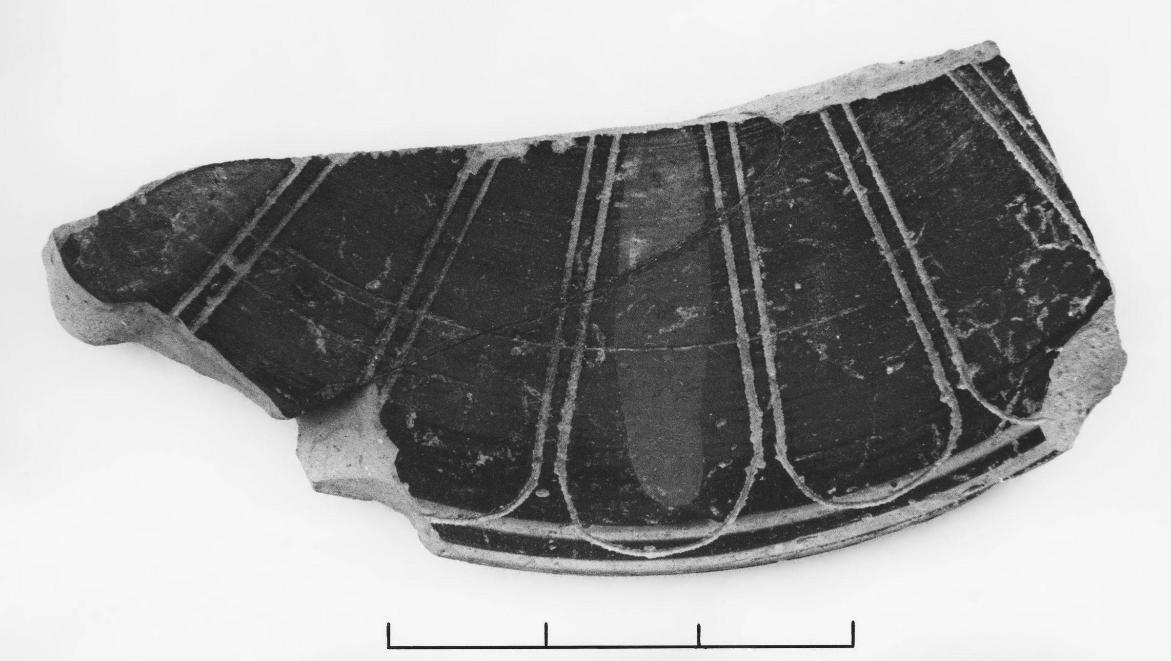 Fragment of a Corinthian Transitional Pyxis Lid