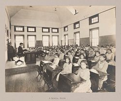 Races, Indians: United States. New York. Iroquois. Thomas Asylum for Orphan and Destitute Indian Children: State Thomas Asylum for Orphan and Destitute Indian Children, Iroquois, N.Y.: A School-Room..   Social Museum Collection