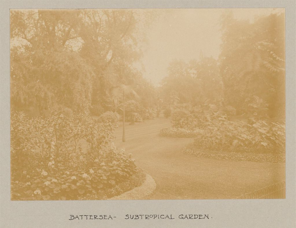 Recreation, Parks And Playgrounds: Great Britain, England. London. Playgrounds And Parks: Social Conditions In London, England, 1903: Battersea - Subtropical Garden.