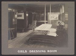Industrial Problems, Welfare Work: United States. Pennsylvania. Pittsburgh. H. J. Heinz Company: Girls Dressing Room..   Social Museum Collection
