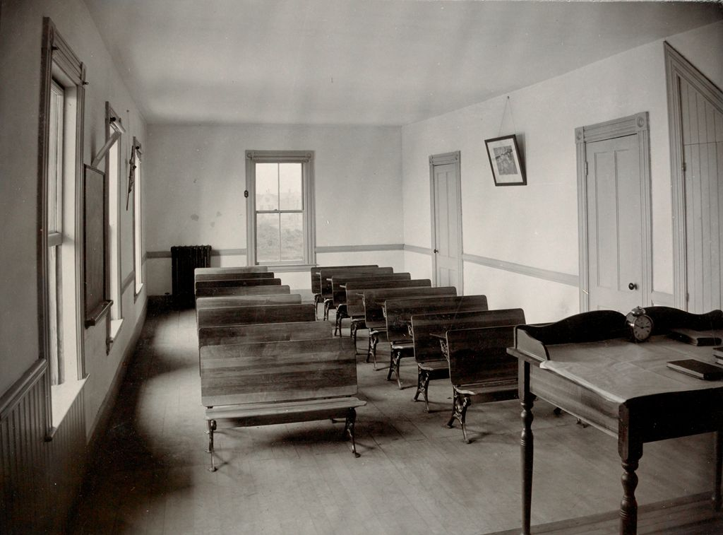Charity, Children: United States. New Hampshire. Manchester. St. Peter's Orphanage For Boys: New Hampshire State Charitable And Correctional Institutions.: Fourth Grade Class-Room.
