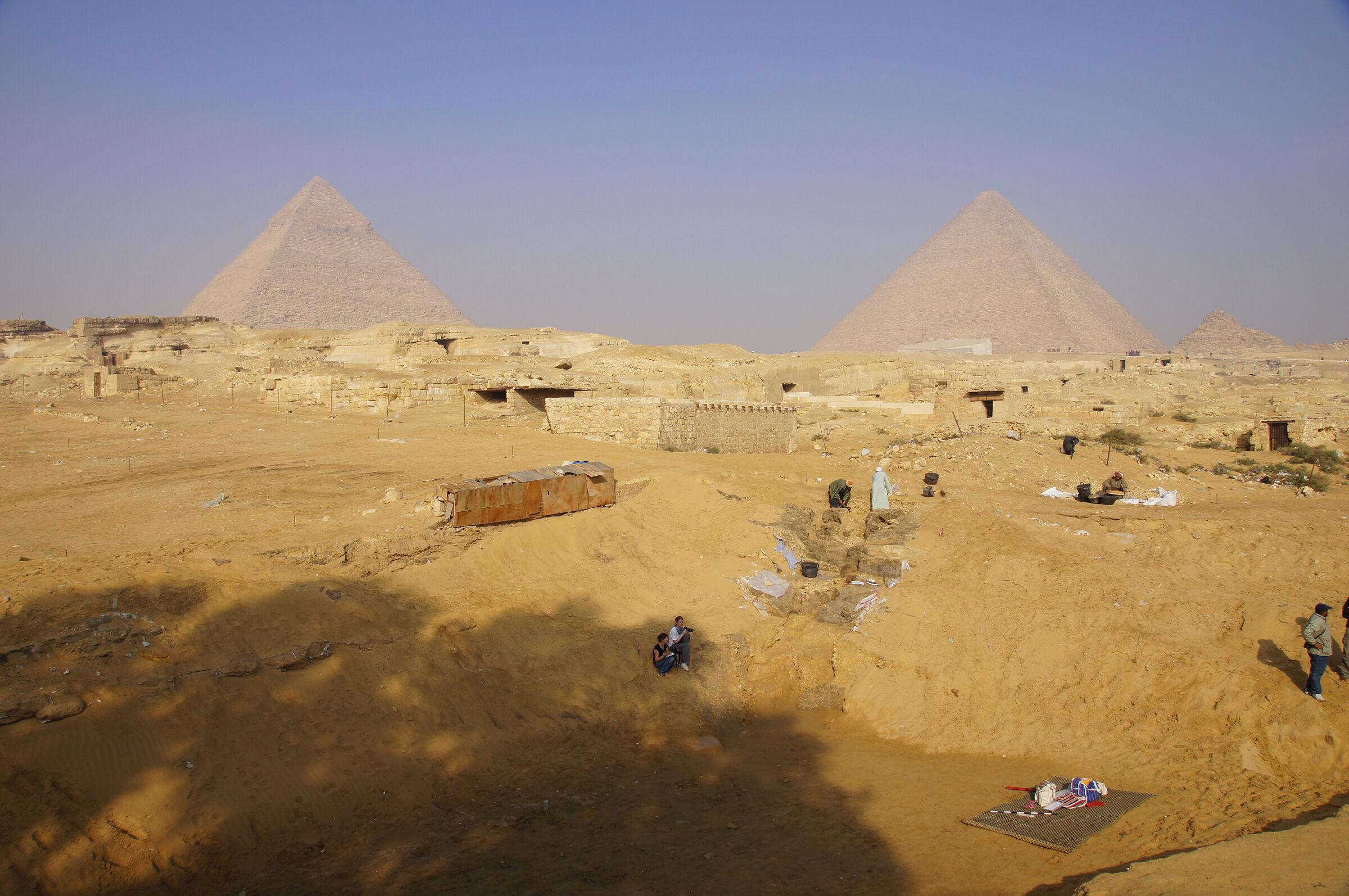 Central Field (Hassan): Site: Giza; View: Khentkaus Town, Khafre Pyramid, Khufu Pyramid