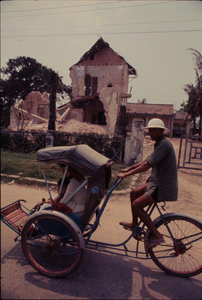 Untitled (Cycle Rickshaw, Hue, Vietnam)