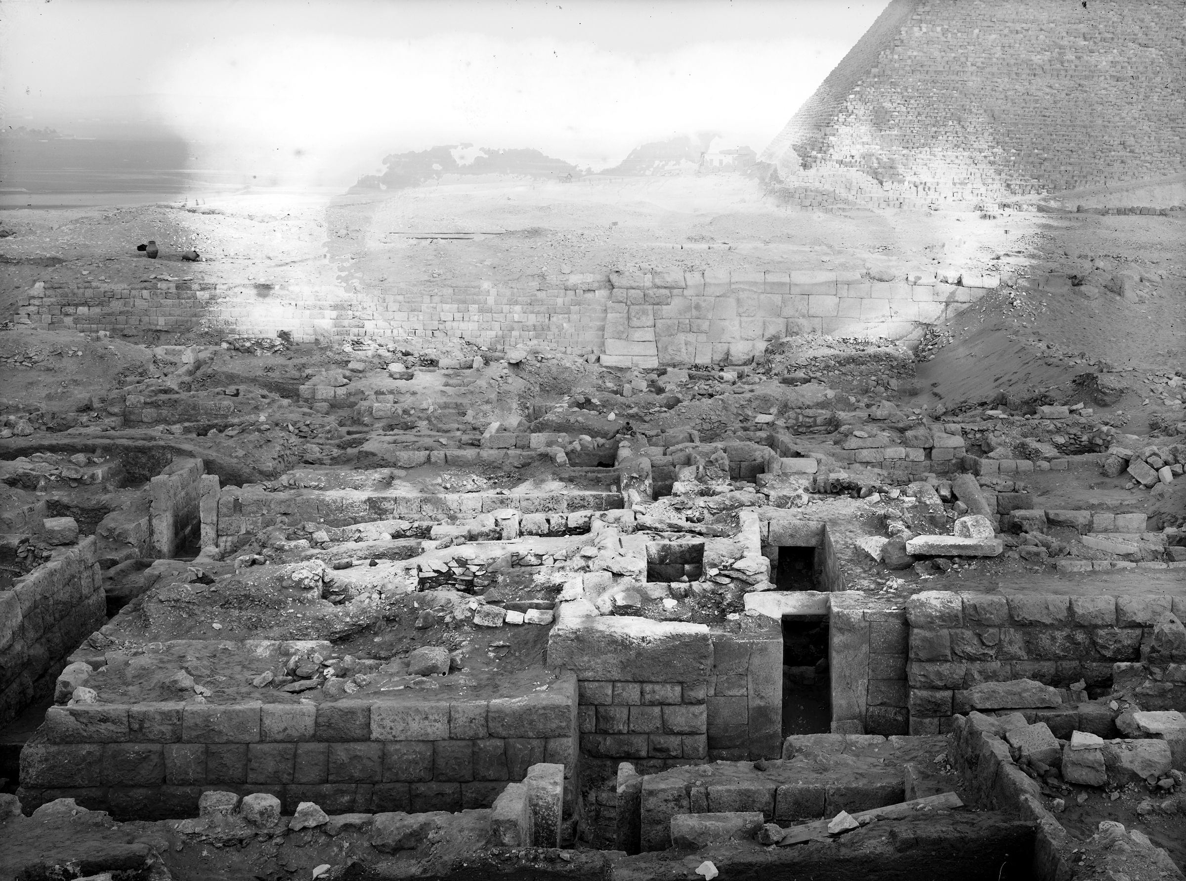 Western Cemetery: Site: Giza; View: G 2005, G 2006