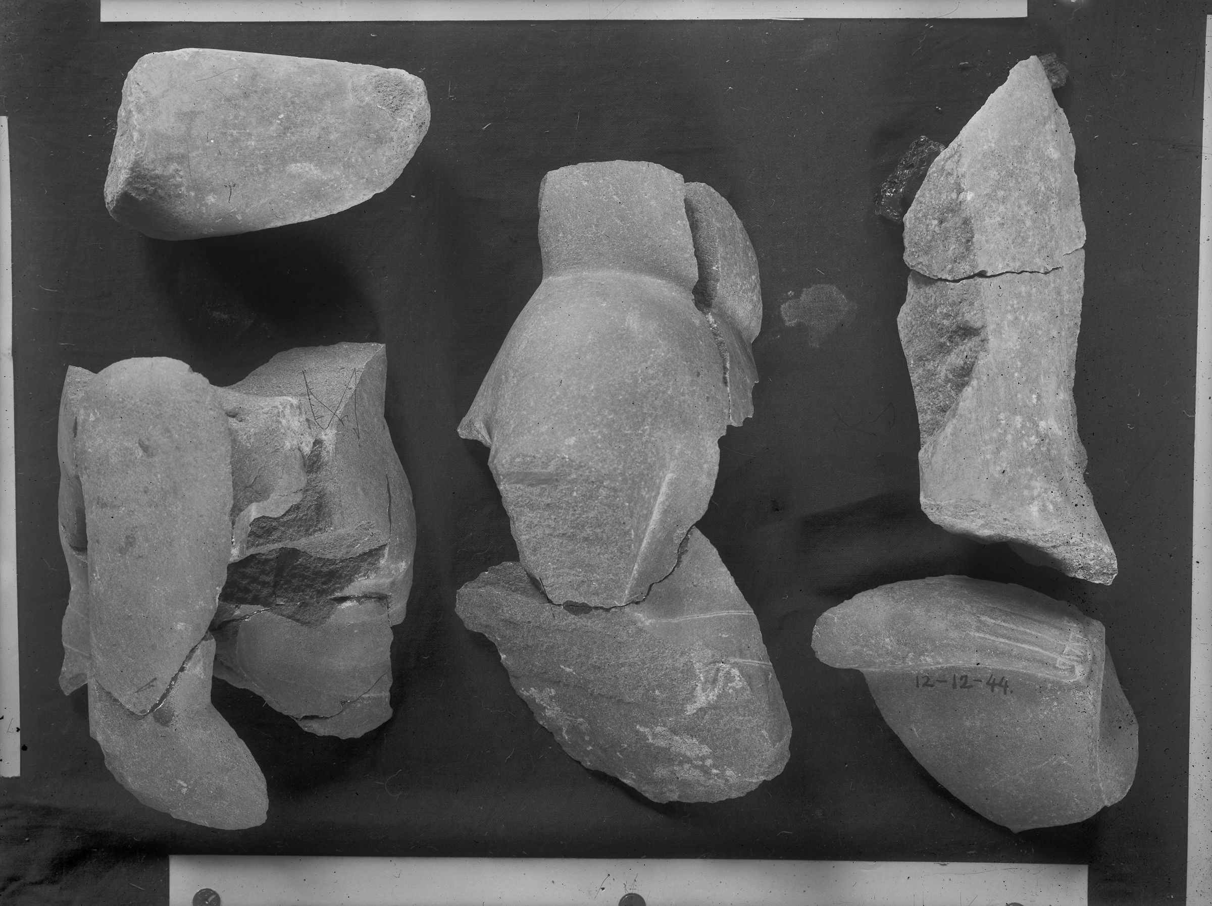 Object(s) photograph: Site: Giza; view: G 2385, G 2370