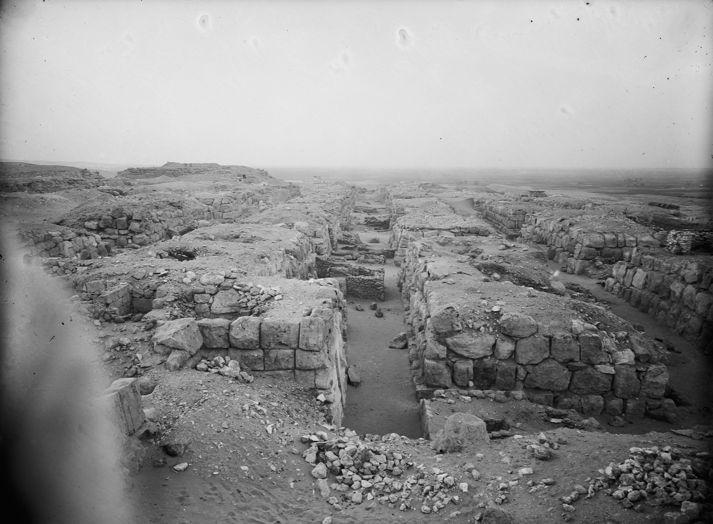 Western Cemetery: Site: Giza; View: G 4520, G 4420, G 4411, G 4422