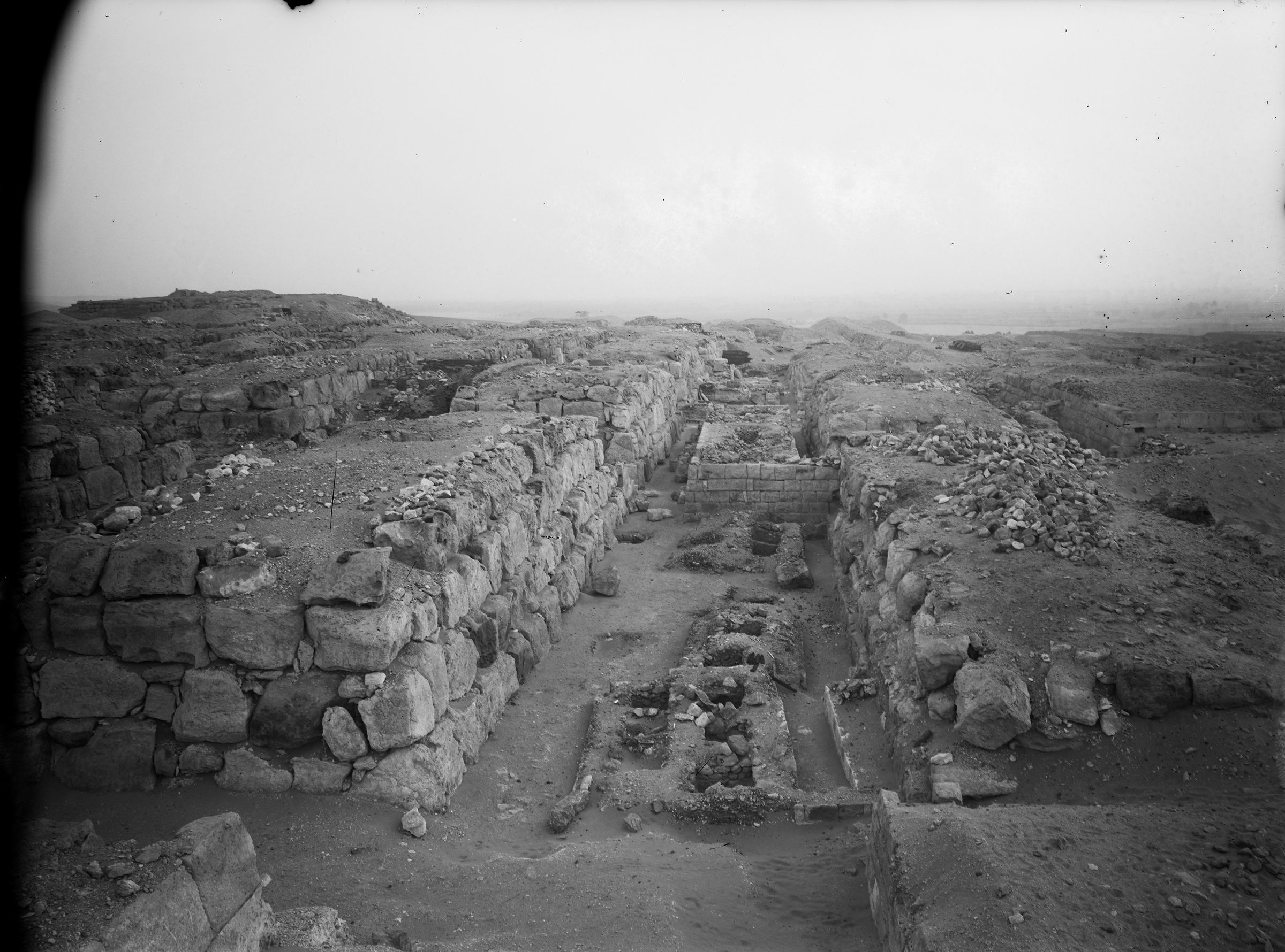 Western Cemetery: Site: Giza; View: G 4720, G 4820, G 4722, G 4724, G 4725, G 4733