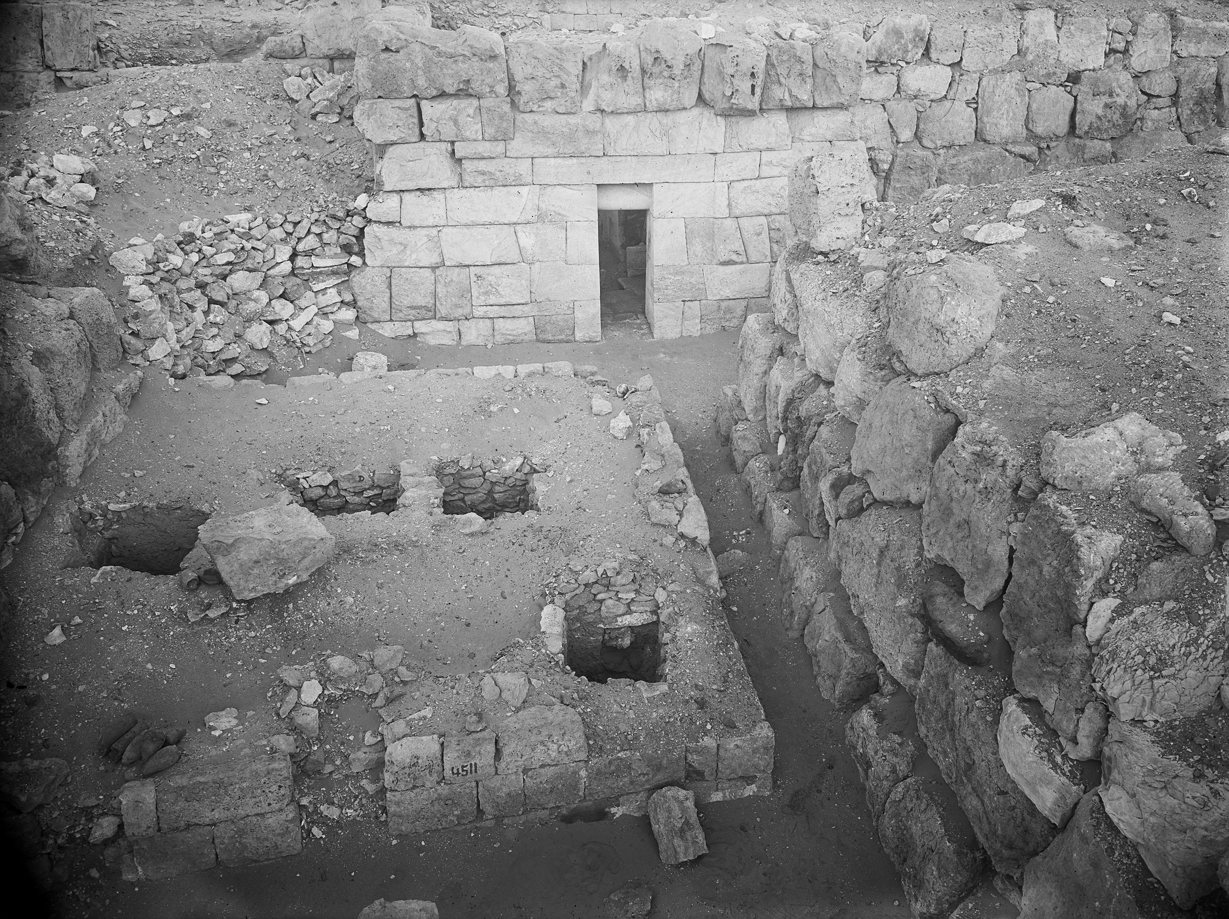 Western Cemetery: Site: Giza; View: G 4510, G 4511, G 4411, G 4520