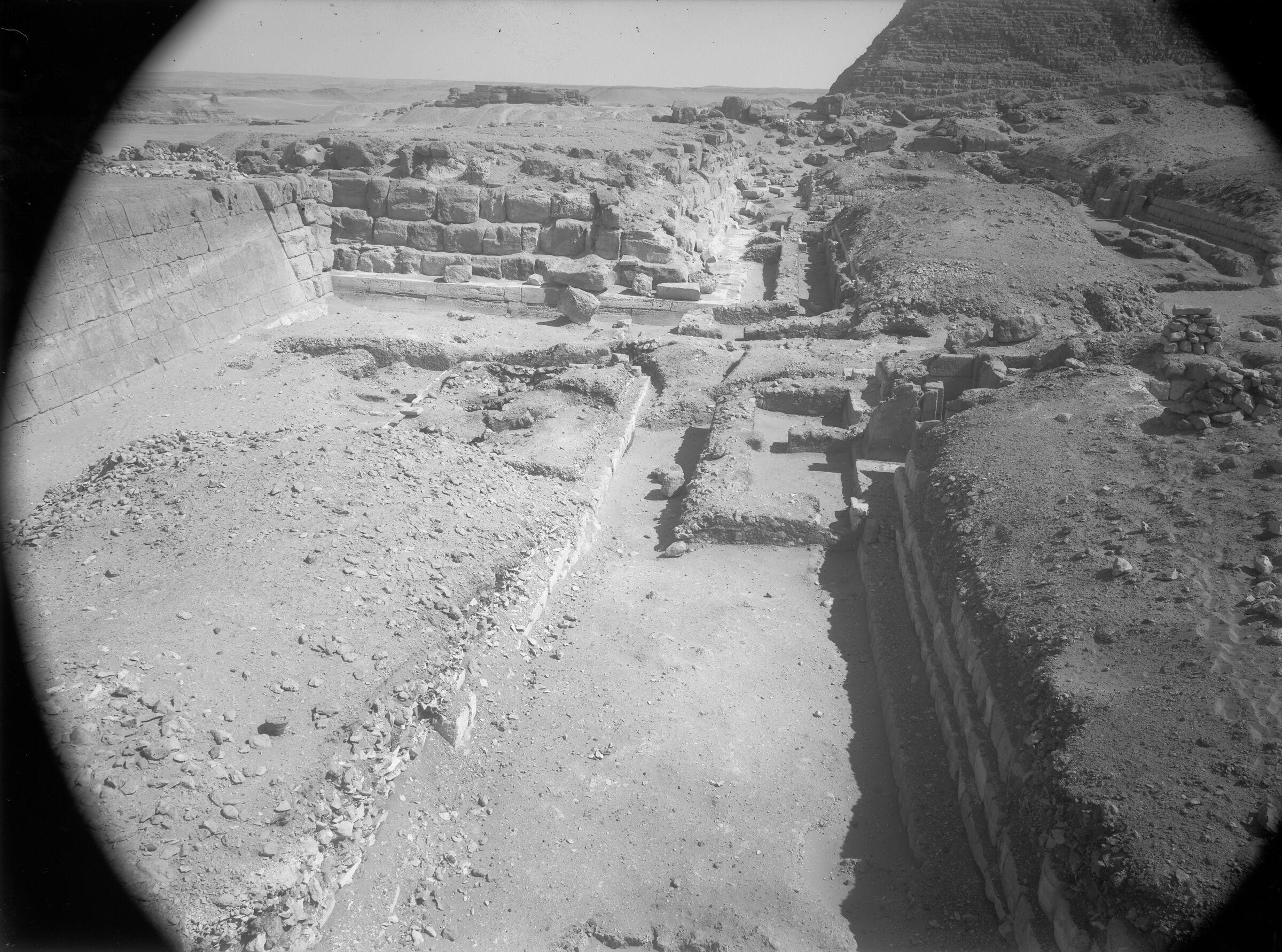 Western Cemetery: Site: Giza; View: G 5030, G 5020, G 5010, G 5130, G 5131
