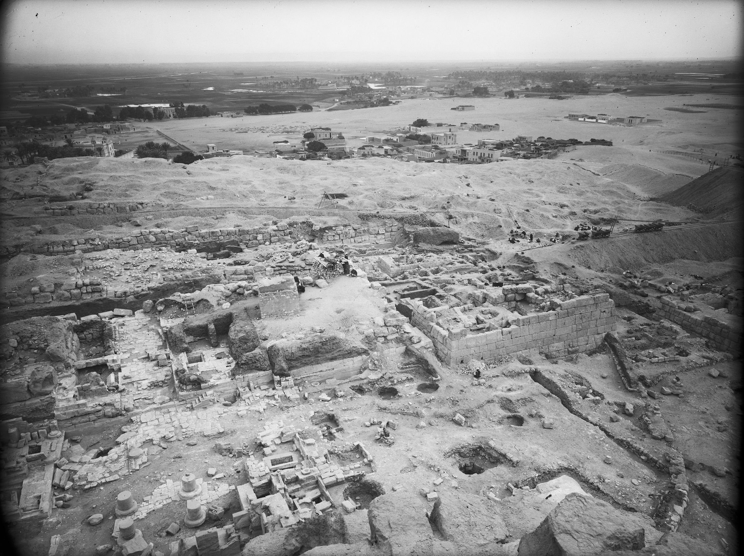 Eastern Cemetery: Site: Giza; View: street G 7000, Isis Temple, G 7130-7140, G 7150