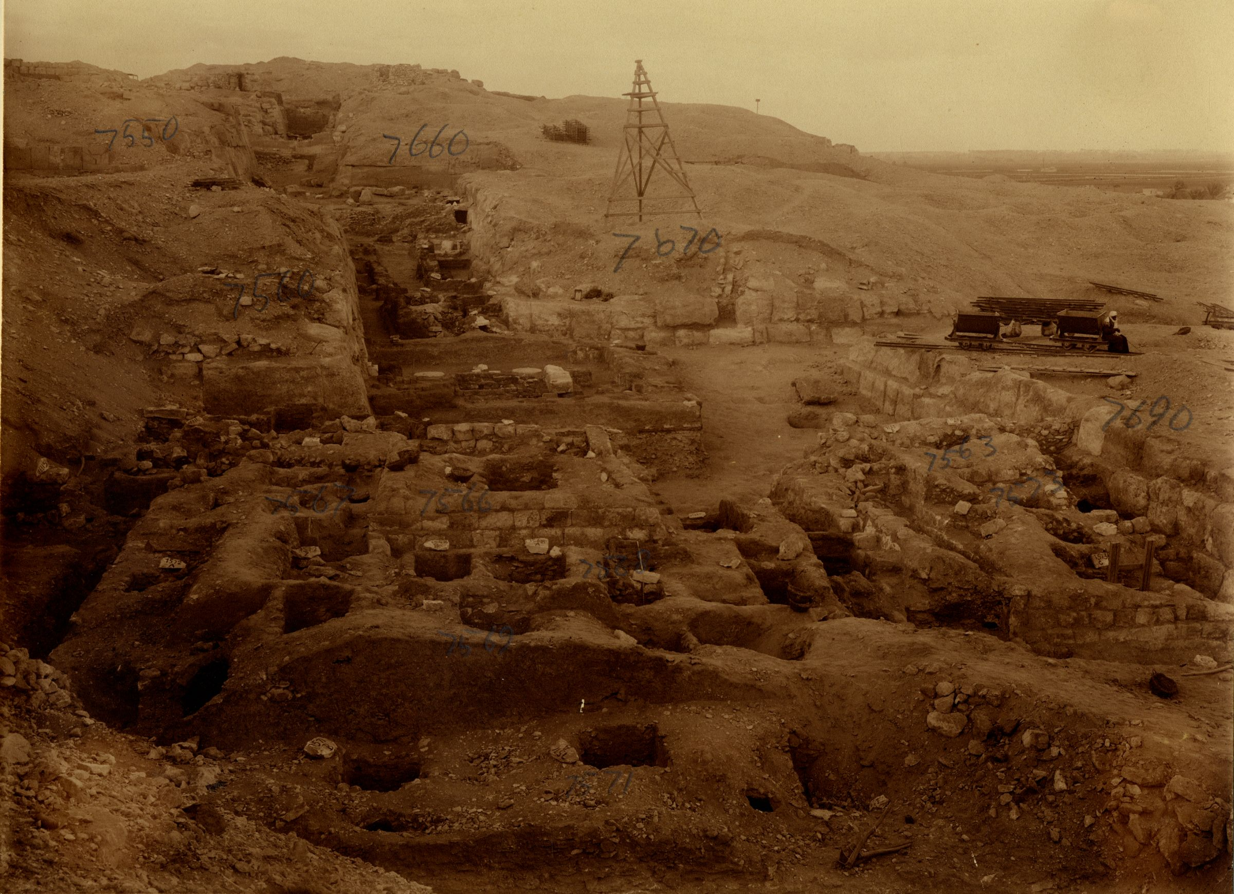 Eastern Cemetery: Site: Giza; View: G 7560, G 7690, G 7670, G 7563, G 7567, G 7566, G 7568, G 7569, G 7571, G 7573