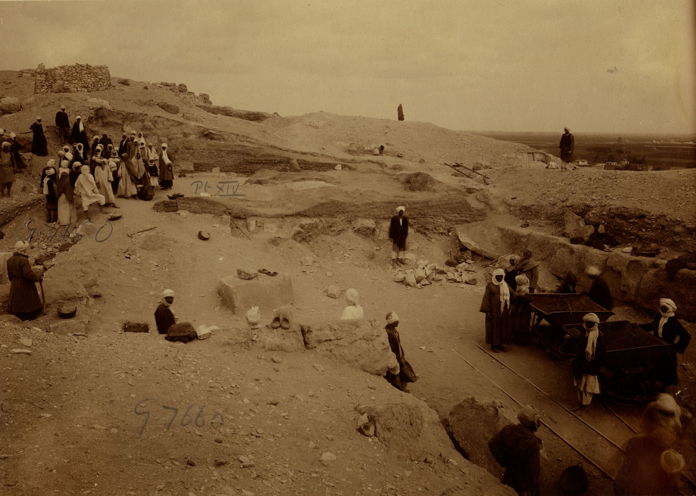 Eastern Cemetery: Site: Giza; View: street G 7600, G 7650, G 7660