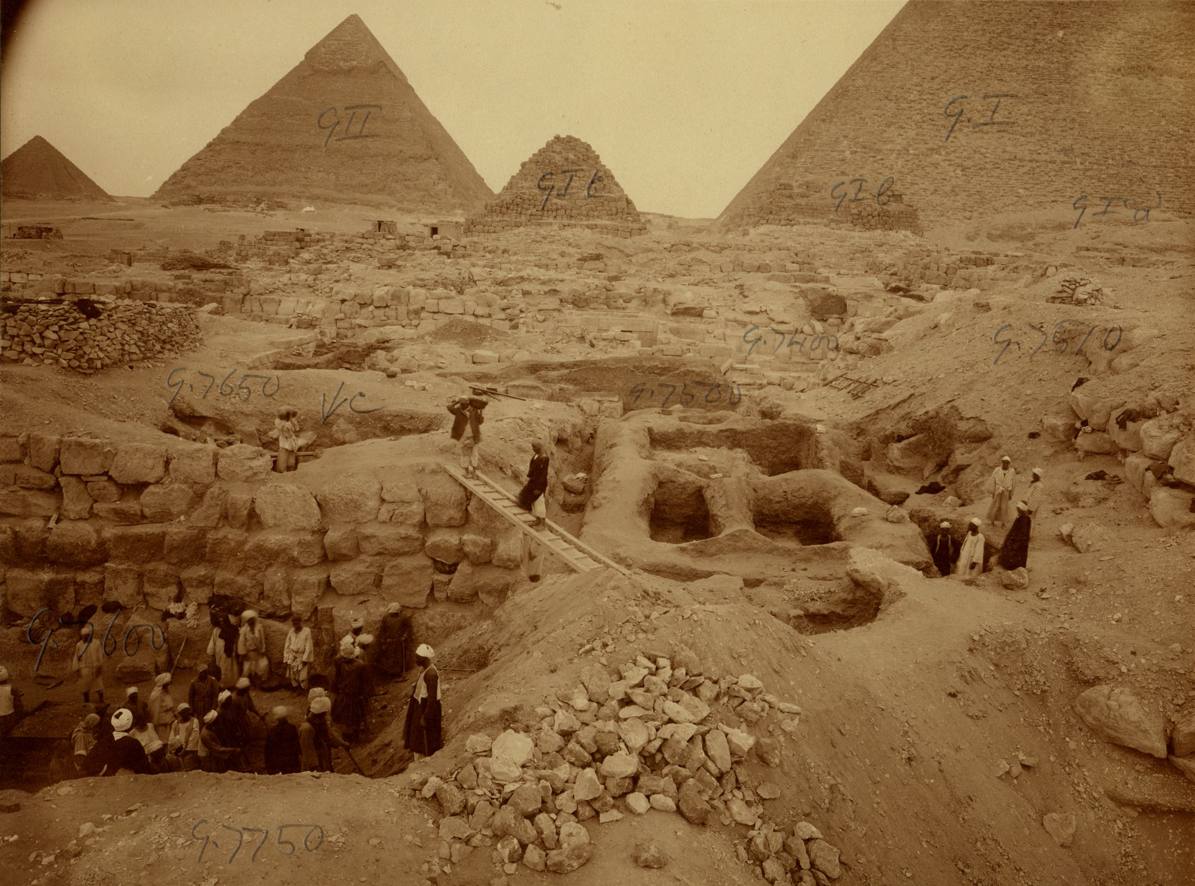 Eastern Cemetery: Site: Giza; View: G 7650, G 7651, G 7751, G 7510, street G 7400, street G 7500, street G 7600, G I, G I-a, G I-b, G I-c, G II