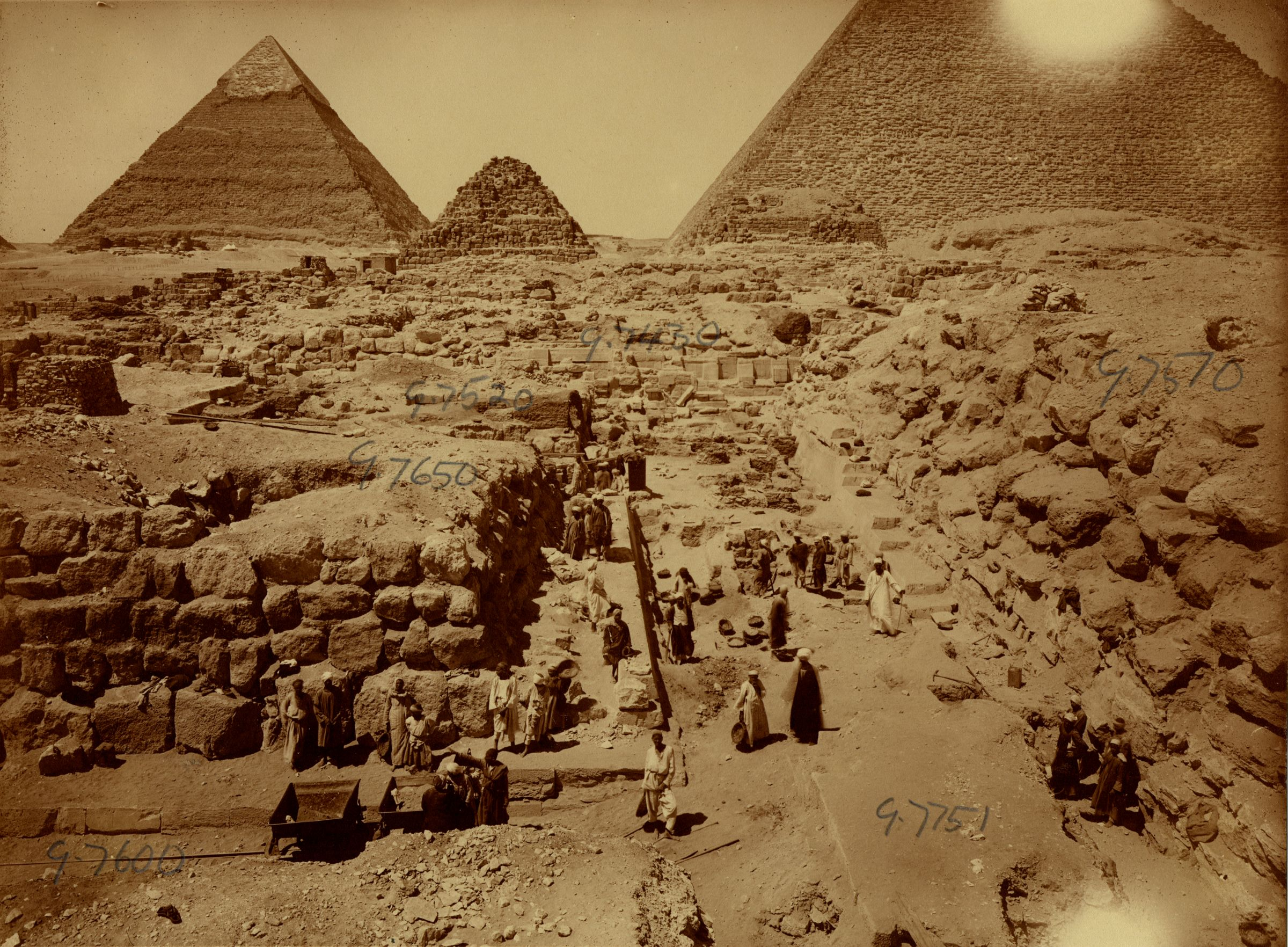 Eastern Cemetery: Site: Giza; View: street G 7600, avenue G 2, G 7510, G 7650, G 7751, G 7651, G 7430-7440