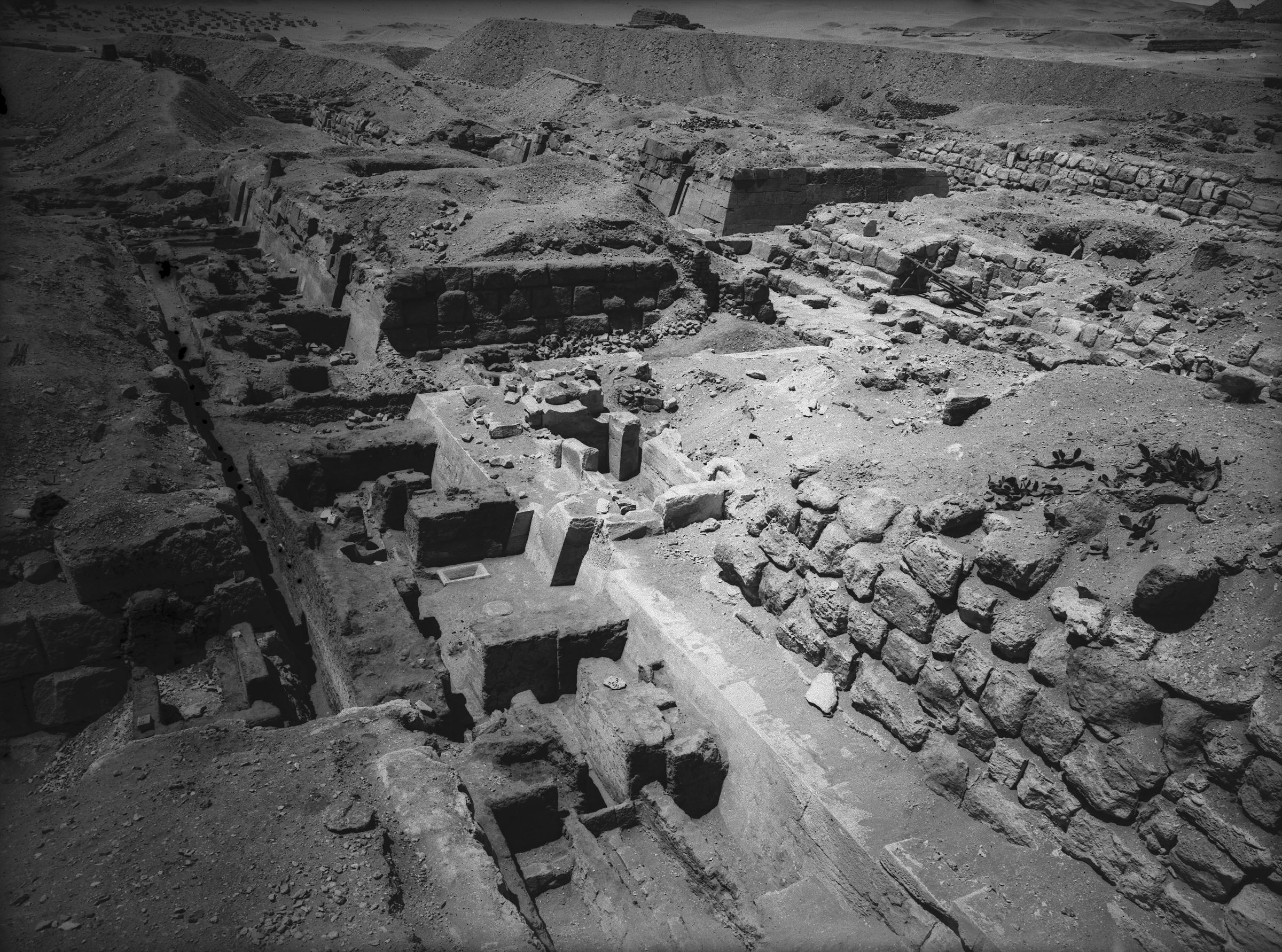 Eastern Cemetery: Site: Giza; View: G 7650, G 7660, G 7530-7540, G 7550, G 7450