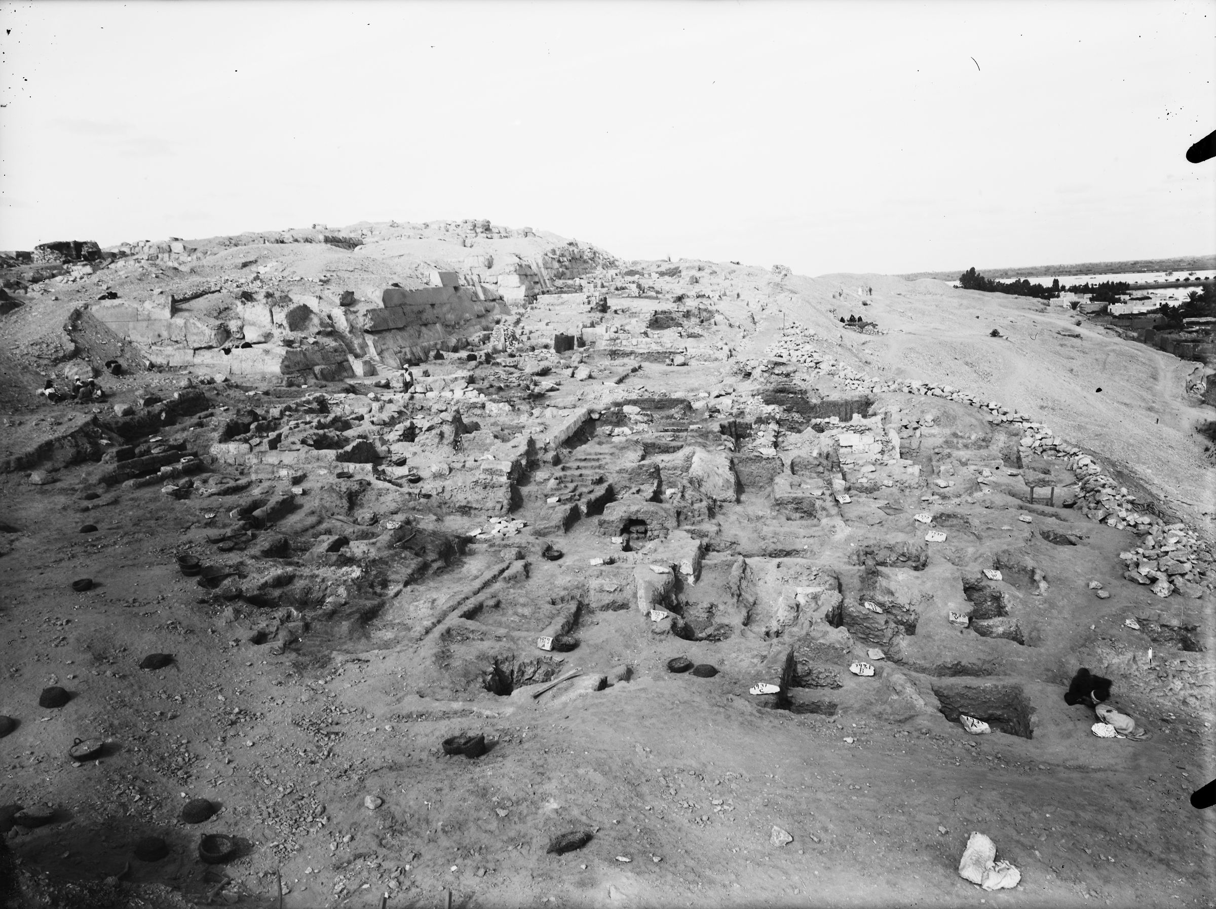Eastern Cemetery: Site: Giza; View: G 7760, G 7932, G 7928+7929, G 7931, G 7769, G 7911