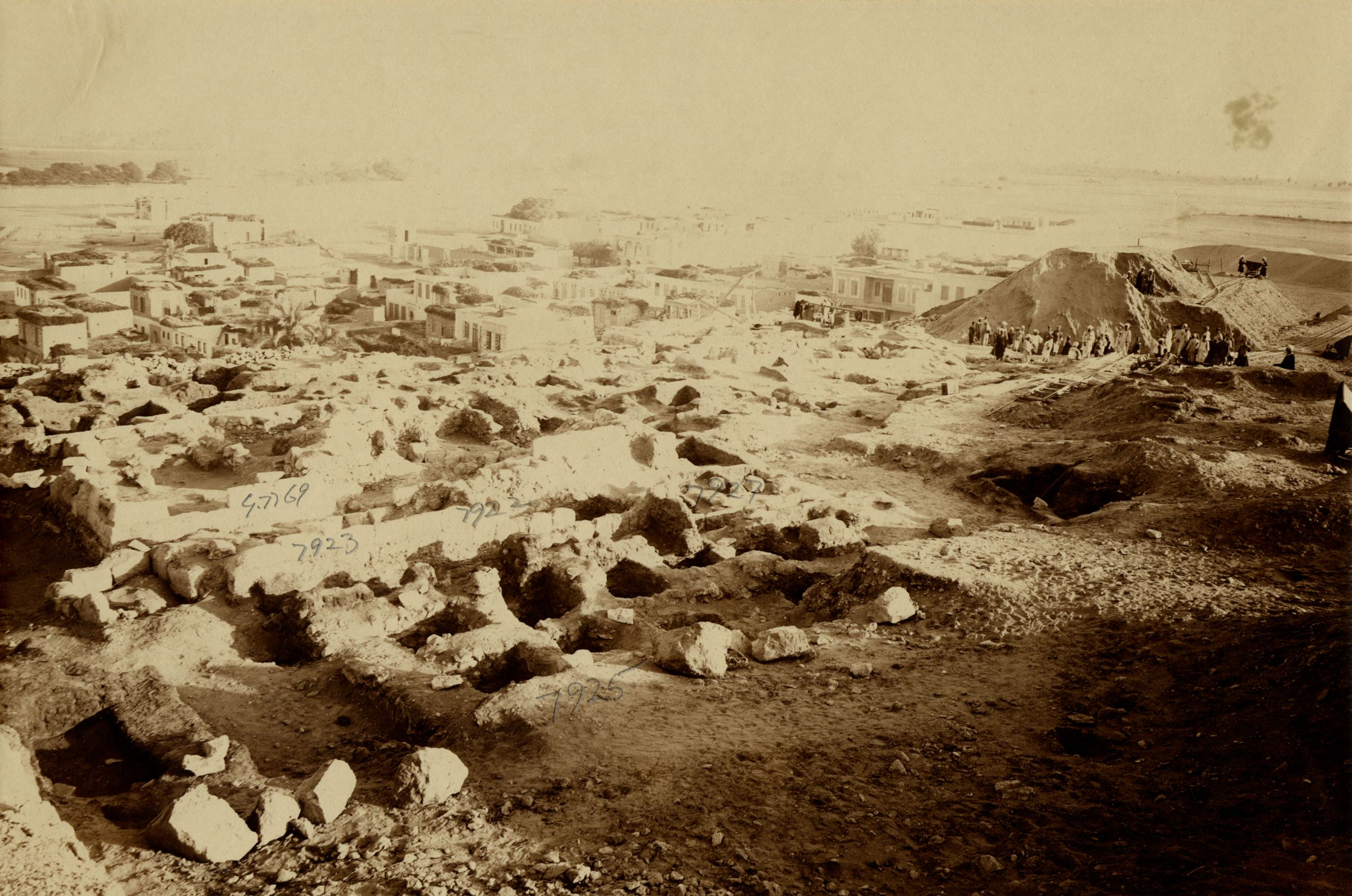 Eastern Cemetery: Site: Giza; View: G 7925, G 7923, G 7922, G 7927, G 7769