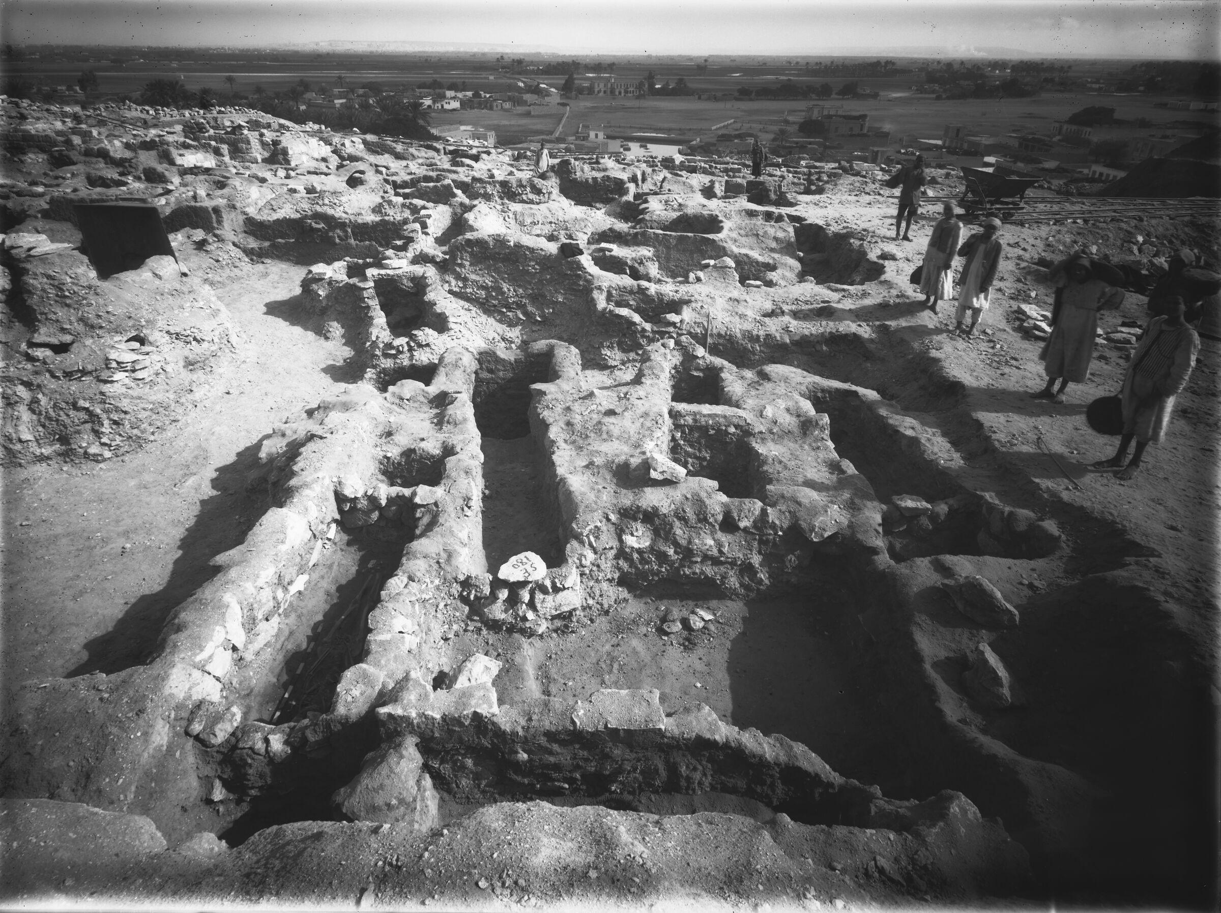 Western Cemetery: Site: Giza; View: G 7000 SE 180, G 7670