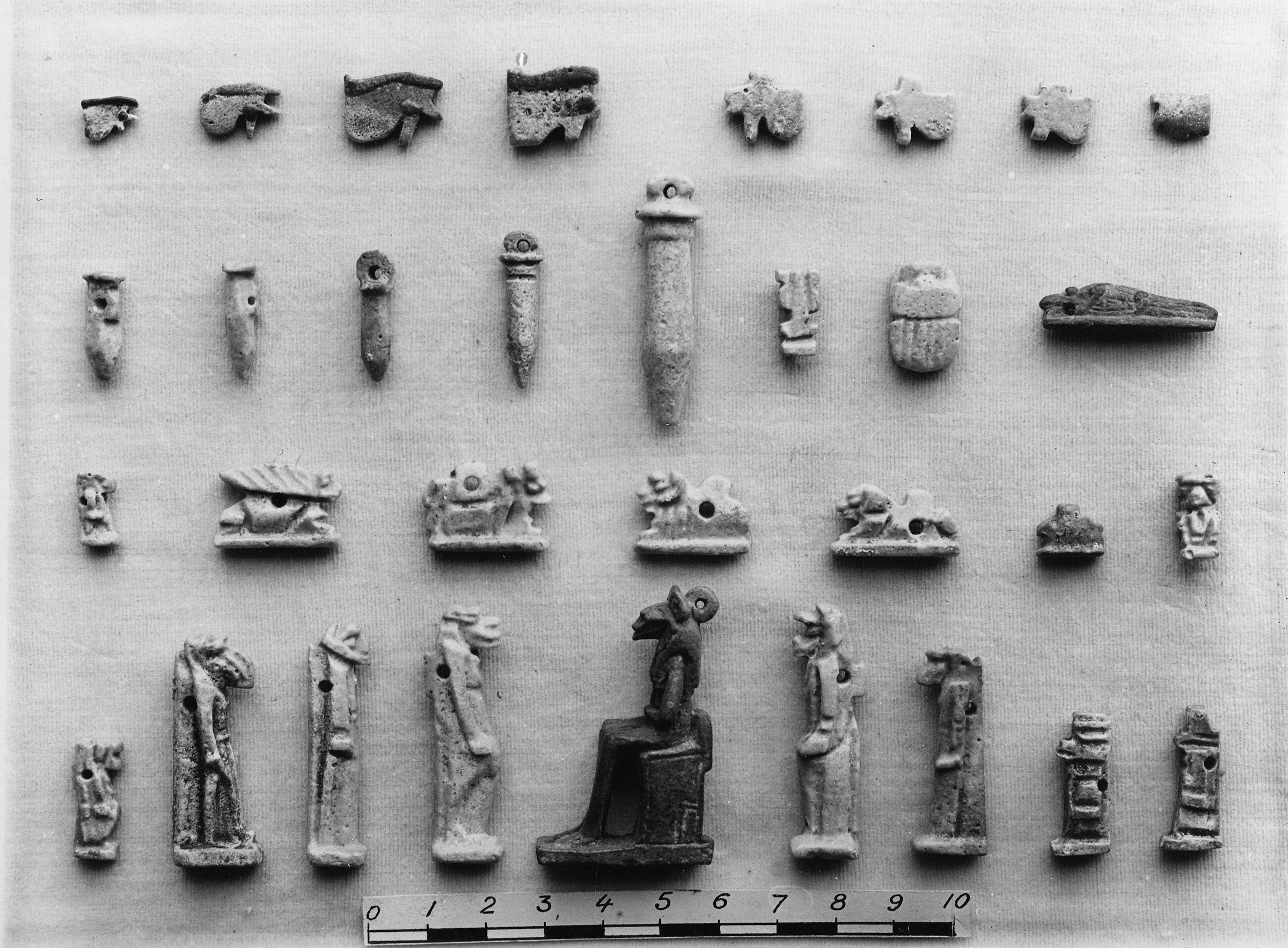 Object(s) photograph: Site: Giza; view: G 7750